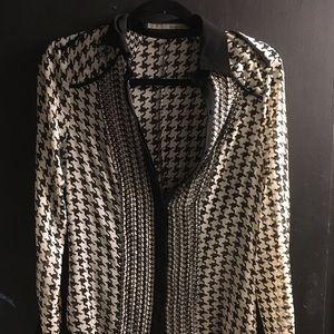 Zara houndstooth B/W blouse size S